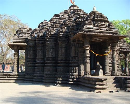 Ambarnath-temple.jpg