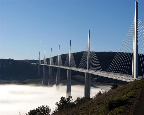 millau-viaduct-france.jpg
